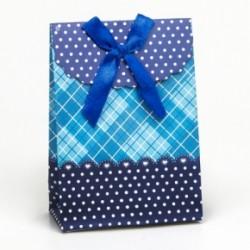 Caja decorada para regalos de boda