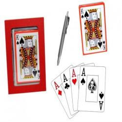 Baraja de cartas con boligrafo